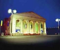xersonskim-oblastnym-teatrom