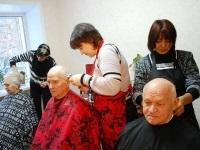 skolko-raz-v-techenie-goda-ukraincam-poseshhat-parikmaxerskuyu Чиновники наконец подсчитали сколько раз в течение года украинцам полагается посещать парикмахерскую