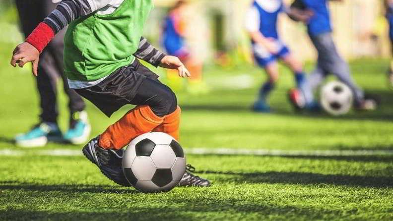На старте взлет футбольной карьеры Максима Криппы