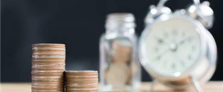 Кому государство доверит пенсионные деньги