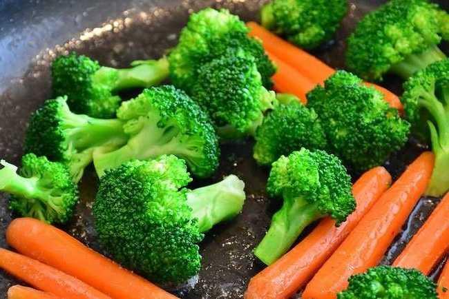 Как готовить овощи чтобы сохранить их пользу пять советов от известного диетолога