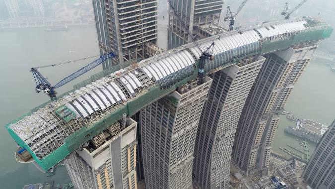 В Китае в этом году откроют первый в мире горизонтальный небоскреб