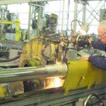 Рынок труда в Украине оживился работодатели борются за трактористов студентов и швей