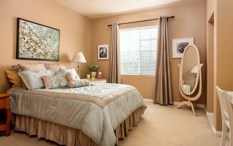 В каких цветах делать ремонт в спальной комнате