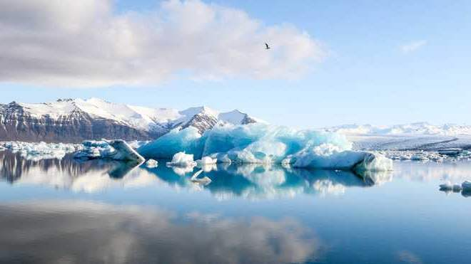 Арктический лед исчезает вдвое быстрее чем прогнозировали ученые